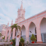 Khám phá nhà thờ Con Gà cực xinh xắn giữa lòng Đà Nẵng