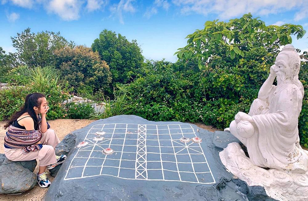 Đỉnh Bàn Cờ - địa điểm check in ngắm toàn cảnh TP Đà Nẵng bao đẹp